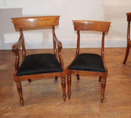 10 Walnut Regency Esszimmerstühle Sessel Sofas