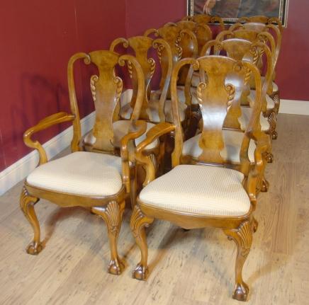 10 englischen Königin Anne Walnut Dining Chairs