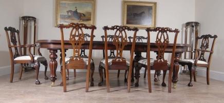14 Fuß englischen viktorianischen Dining Table & Gothic Chippendale Stuhl Set