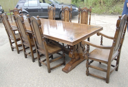 9 ft Französisch Rustikale Refektorium Tabelle & William Mary Stühle Dining Set