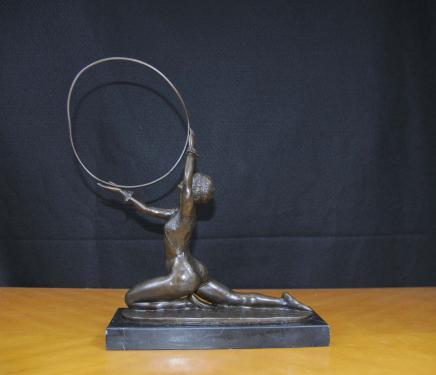Art Deco Bronze Hoop Dancer von Preiss Französisch 1920er Jahren