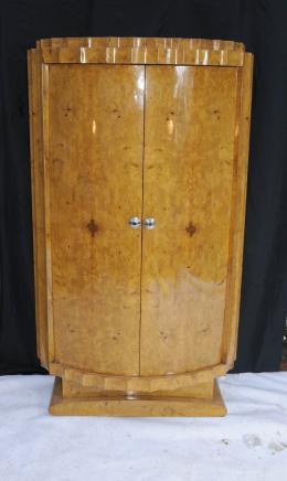 Art Deco Nussbaum Crinkle Brust Schubladen Schrank Kommode