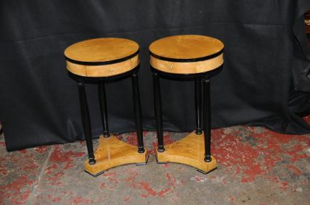 Art Deco Paar Biedermeier Beistelltische Cocktail-Tisch Möbel