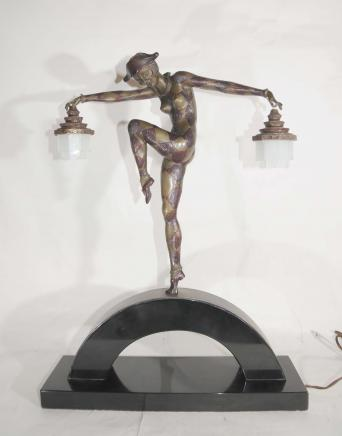 Bronze Deco Harlekin Dancer Lamp von Bourraine