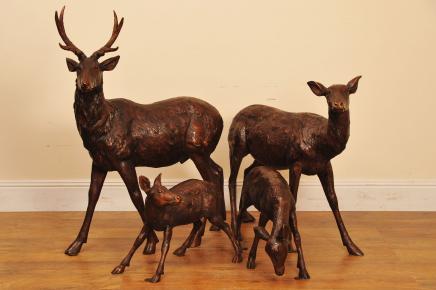 Bronze Deer Stag Familie Doe Garten-Statue Fawn