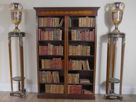 Doppel Englisch Mahagoni Sheraton Inlay Open Front Bücher