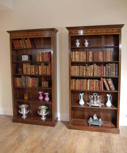 Paar Englisch Sheraton Mahagoni Openfront Bücherregale