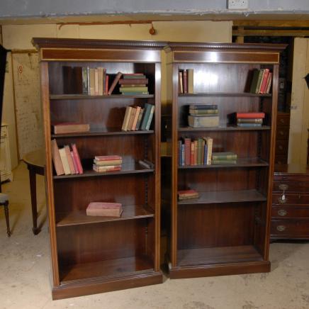 Pair Edwardian Sheraton Offene Bücherregal