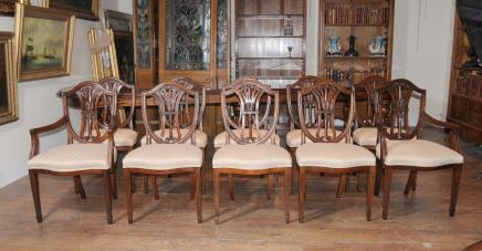 Set 10 Regency Sheraton Esszimmerstühle Mahagoni-Möbel