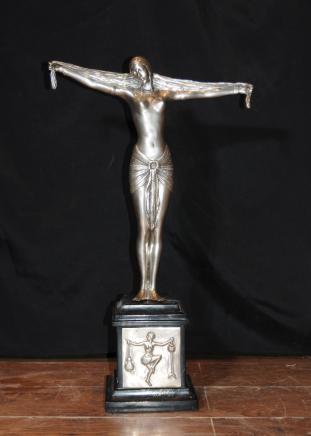 Silver Plate Bronze Art Deco Figur Statue