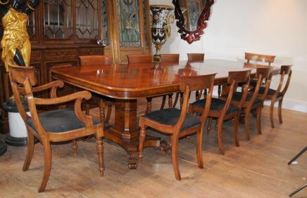 Walnut Regency Esstisch und Stühle Set Suite