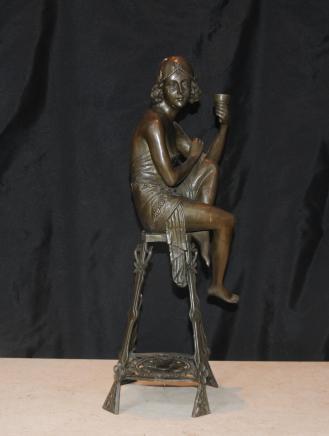 Art Deco Bronze Hocker Mädchen Flapper Unterzeichnung Je Mic Französisch