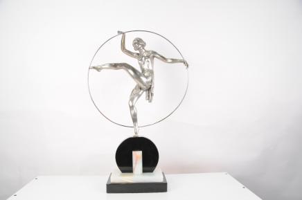 Französisch Art Deco Bronze Hoop Dancer von Limoun 1920er Statue Figurine