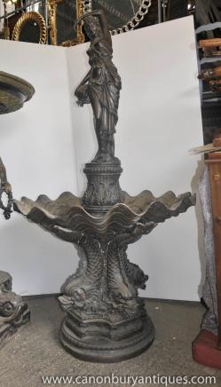 Große klassische italienische Bronze-Brunnen Maiden Serpent Wasserspiel