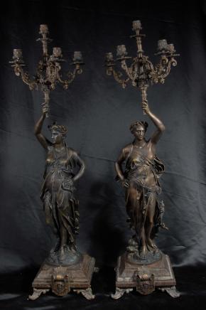 Paar 3 ft Französisch Bronze Gregoire Candelabras Torcheres