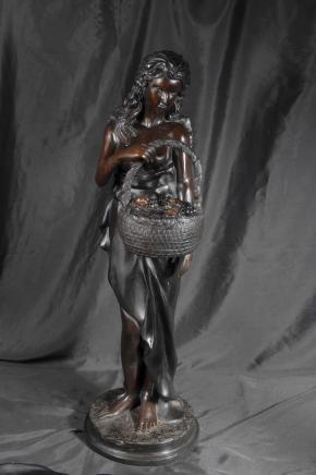 3ft viktorianischen Bronze Flower Seller Figur Statue