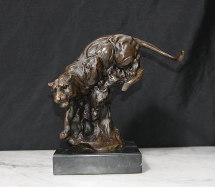 Bronzeguss Panther Leopard Cat Unterzeichnung Milo Statue Casting