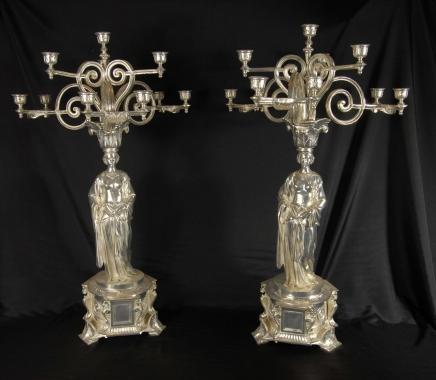 Paar 2,5 ft englischen viktorianischen Silver Maiden Candelabras