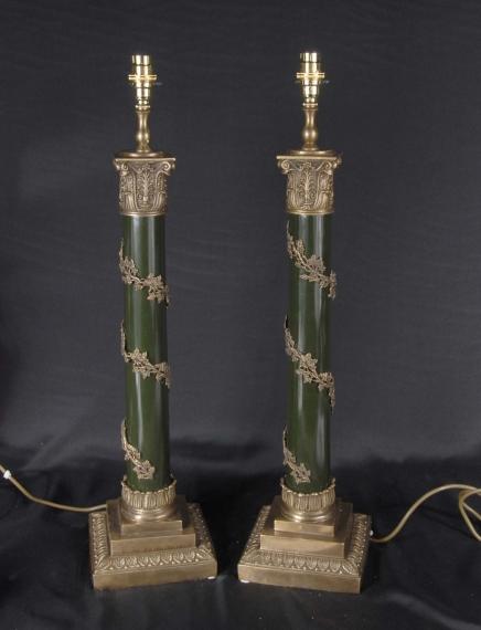 Paar Englisch Regency Spalte Lampensockel Tischleuchten Licht