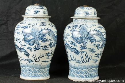 Paar chinesische Nanking Ingwer-Gläser Vasen Drache Urnen