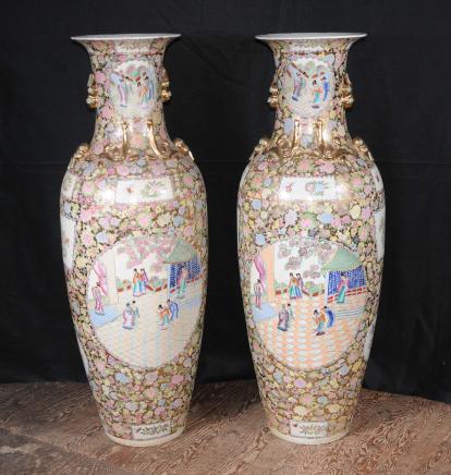 Paar japanische Rose Satsuma Porzellan Urnen Keramik Amphora Urne Architektur