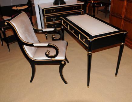 Regency Black Lacquer Schreibtisch Stuhl Set