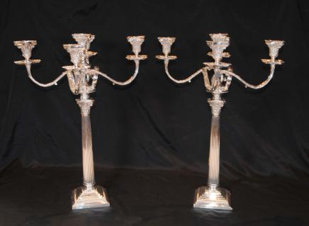 Regency Silver Plate Candelabras dorischen Säulenkerzen