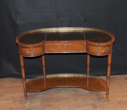 Regency Walnut Nieren Schreibtisch Schreibtisch Büro Möbel