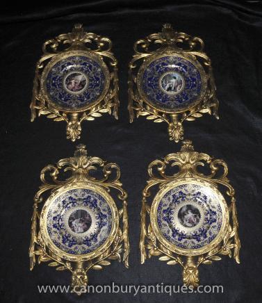 Vier Sevres Französisch Porzellan Plaques Platten in Gilt Frame