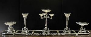 Large Victorian Silver Plate Tafelaufsatz Tafelaufsatz Cut Glas Vase Teller-Schüssel-Dining Set