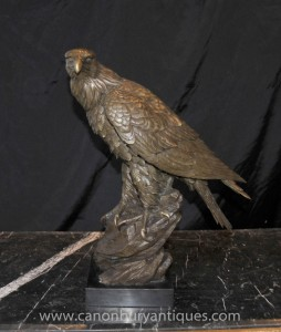 Bronze Golden Eagle Statue Vögel Vogel Prey Casting