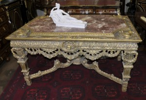 George II Gilt Console Table Hand geschnitzte Basis Marble Top Tables