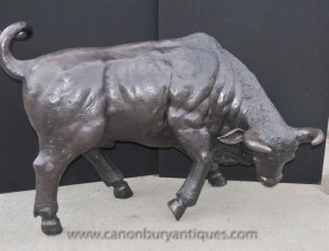 Große Bronze Bull Statue Cow Bulls Bullock