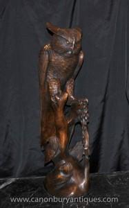 Große Hand geschnitzte Eulen-Vogel-Statue Birds of Prey Carving Holz