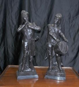 Paar Französisch Bronze-Soldaten Schlacht Waterloo Napoleon