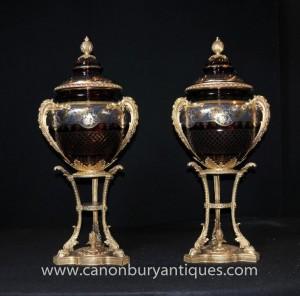 Pair Große russische Kristallglas Vasen Urnen Ständer Kaiser Kristall