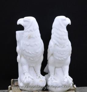 Pair Hand geschnitzte Marmor Adler Ständer Tabellen italienischen Stein