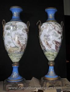 Pair Large Französisch Sevres Porcelain Amphora Vasen Urnen