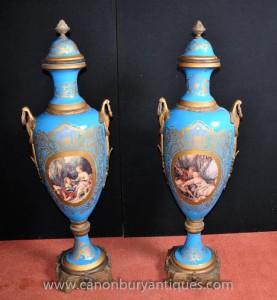 Pair Large Sevres Porcelain Amphora Vasen Urnen Ormolu Mounts