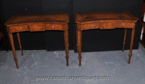 Pair Walnut Regency-Konsole Tische Halle Tabelle Klassizistisch