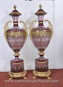 Pair XL Französisch Reich Glasschliff Amphora Urnen Architektur Vasen