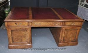 Walnut Victorian Partners Desk Stehpulte