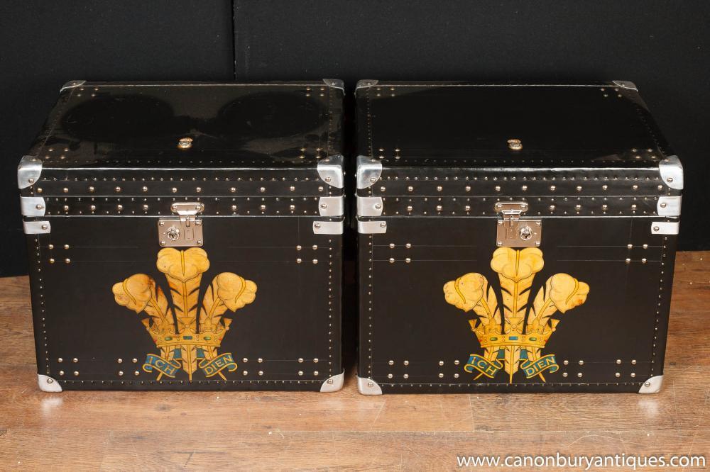 Paar Leder Dampfer-Stamm Taschen Boxen Side Couchtische Prince Wales Plume