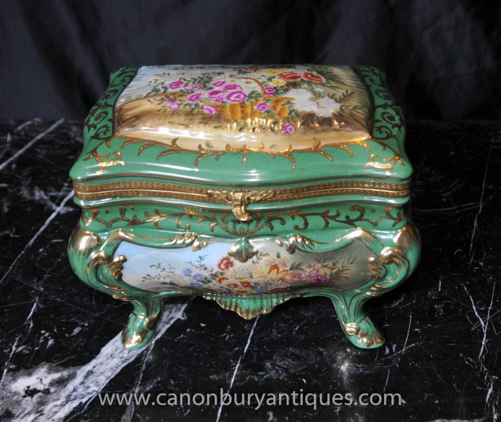 Sevres Porzellan-Schmuckkästchen Schmuck Floral Casket