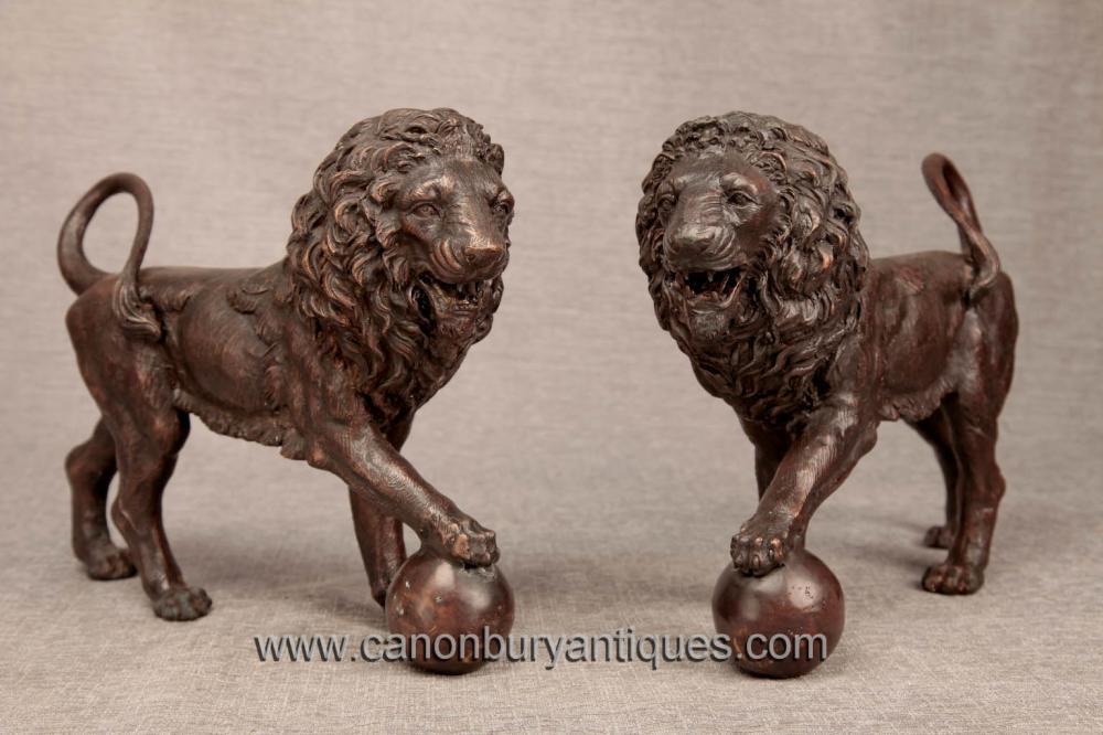 Paar Italienisch Bronze Medici Lions Löwe-Statue Gatekeeper