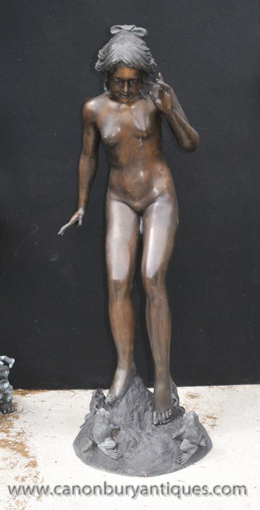 Lifesize Jugendstil Bronze Female Spielzeit von Harriet Fischmaul Statue