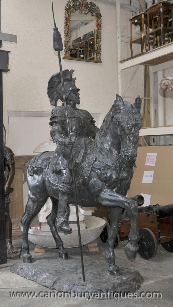 Lifesize römischer Gladiator zu Pferd Statue Skulptur Architectural Art