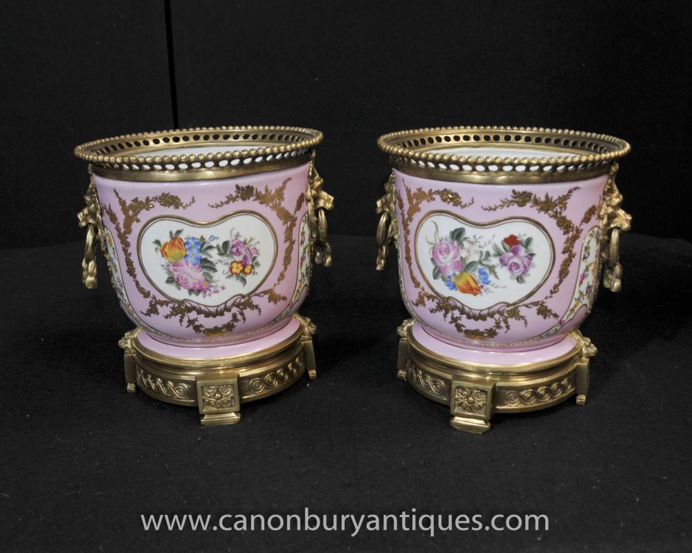 Paar Französisch Sevres Porcelain Cache Töpfe Blumenpflanzgefäße Bowls