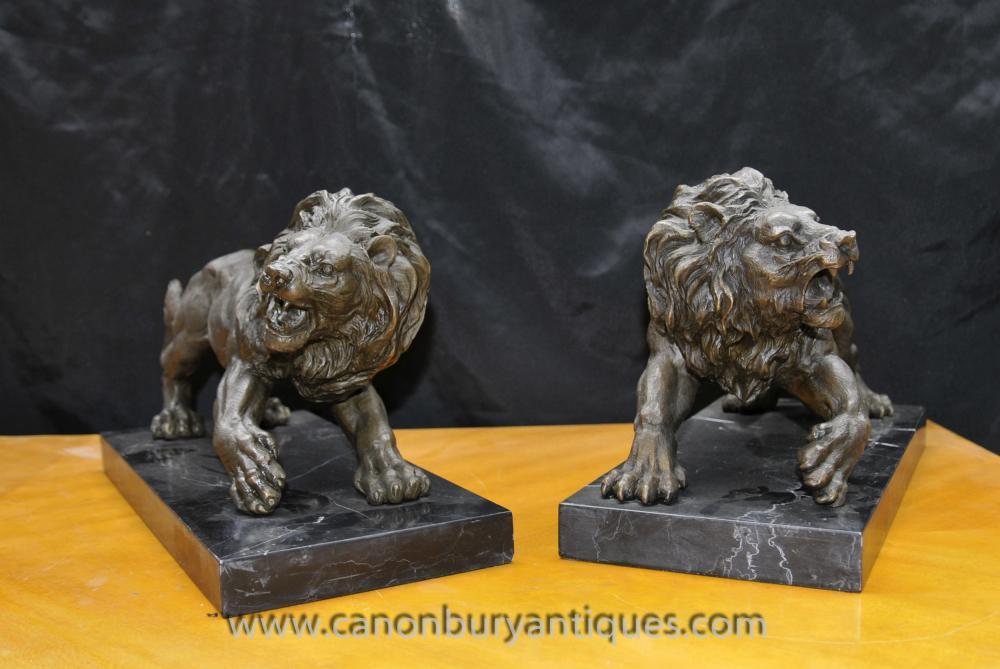 Paar Italienisch Bronze Lions Lion Gatekeeper-Statue