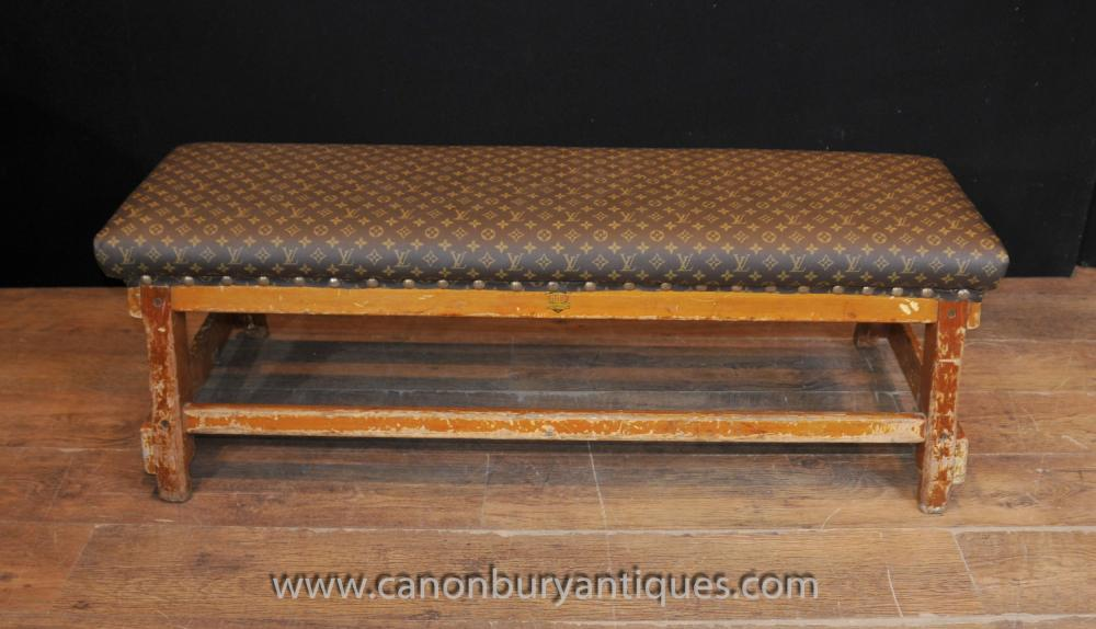 Antique Architectural Bench Hocker Sitz mit Louis Vuitton Print